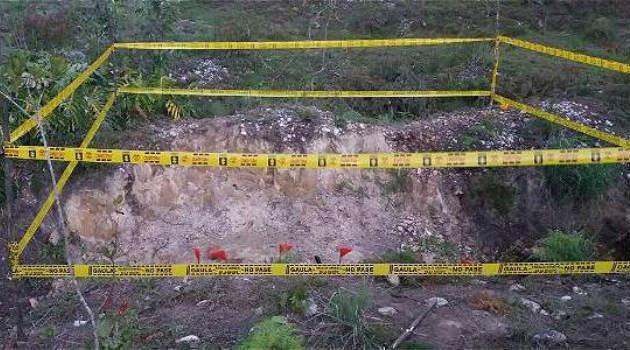 Fosa encontrada en la vivienda del presunto homicida. Foto: FISCALÍA
