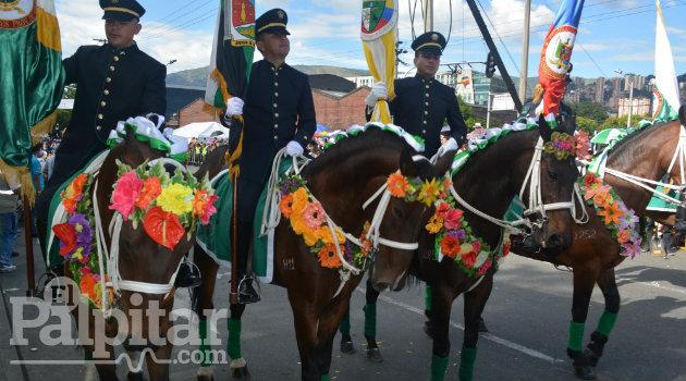 Desfile-Silleteros-2016-Palpitar (46)