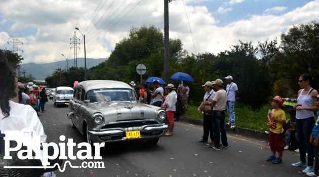 Desfile_Autos_Clásicos_Antigoos_Palpitar (1)