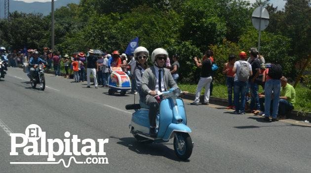 Desfile_Autos_Clásicos_Antigoos_Palpitar (14)
