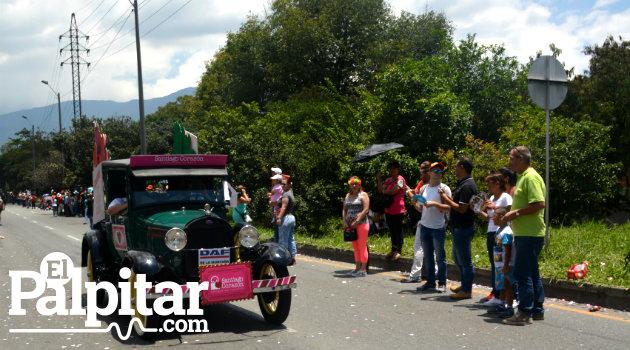 Desfile_Autos_Clásicos_Antigoos_Palpitar (22)