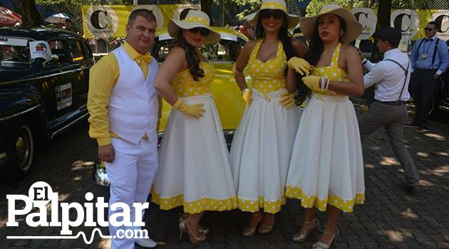 Desfile_Autos_Clasicos1_2016_El_Palpitar