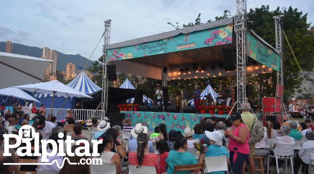 Plaza-Flores-Palpitar (2)
