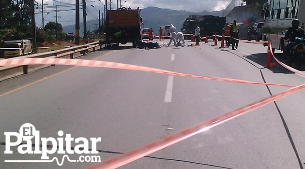 copacabana_accidente_motociclista_muerto