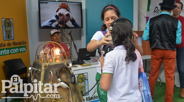 Fiesta-Libro-2016-Palpitar- (4)