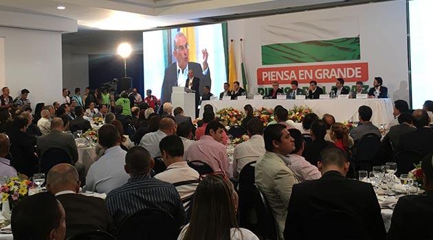 alcaldes_humberto_calle_plebiscito