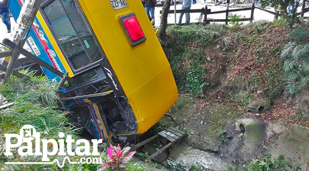 bus_accidente_santa_lucia