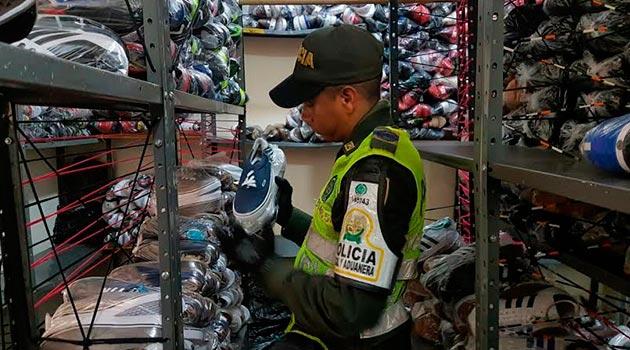 aduanera_policía_contrabando