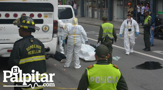 bomberos_accidente_motociclista_muerto_colombia