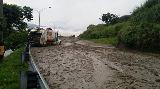 doble_calzada_lodo_inundacion