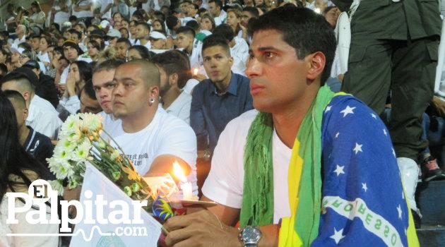 nacional_homenaje_hinchas2