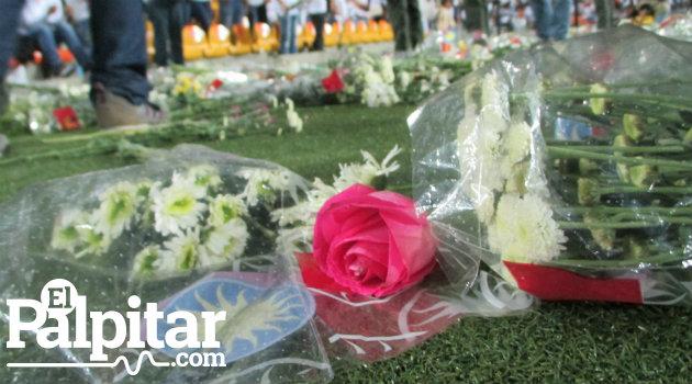 nacional_homenaje_hinchas3