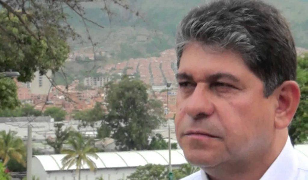 César_Suárez_Mira