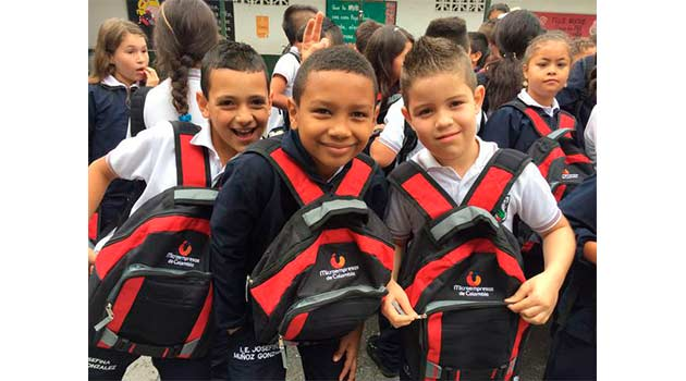 Kits-Escolares_Microempresas-de-Colombia_El-Palpitar