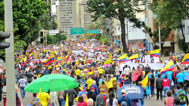Marcha_Uribismo_Corrupción_Bogotá