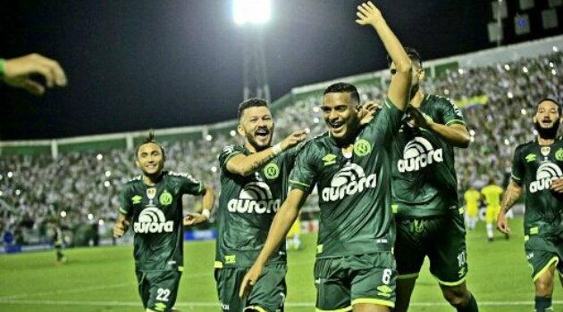 El Chape cantó victoria en el partido de ida. Foto: ARCHIVO.