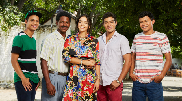 El elenco protagónico de Los Morales. Foto: CORTESÍA CARACOL.