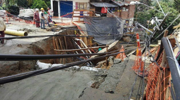 El deslizamiento se produjo en zona de alto riesgo. Foto: CORTESÍA Caracol Radio.